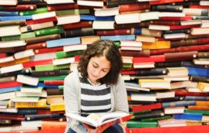 Человек читающий скорее жив, чем мёртв. Как и всегда